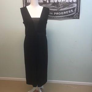 Black gaucho jumpsuit/romper Forever 21 size M